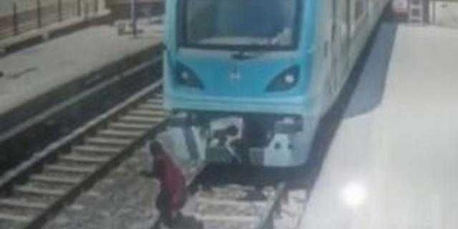"""أول قرار من النيابة بشأن واقعة """"إنتحار شاب"""" داخل محطة مترو مارجرجس منذ قليل"""