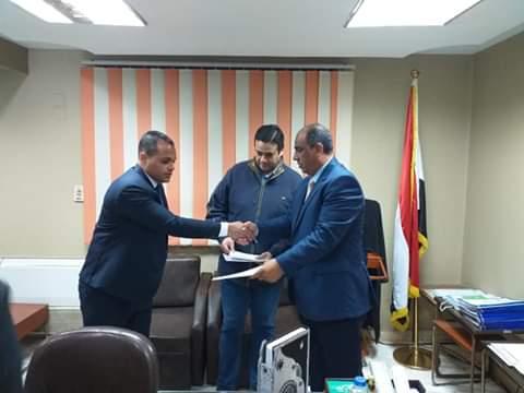 مدير مباحث الغربية يكرم النقيب محمد بدير