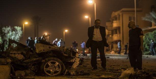 """نجاة """"رئيس عربي"""" من محاولة إغتيال منذ لحظات.. مصادر: """"سيارته توقفت في الوقت المناسب"""""""