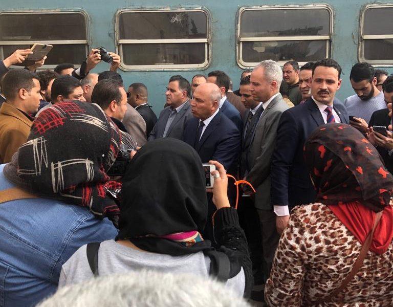 بالفيديو| شاهد ماذا فعل كامل الوزير في محطة مصر اليوم