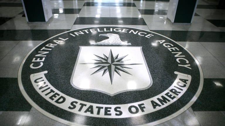 """""""يلزم الوكالة بإعطاء معلومات عن سقوط مدنيين جراء ضرباتها""""..ترامب يلغي مرسوما ملزما لـ""""CIA"""" أصدره أوباما"""