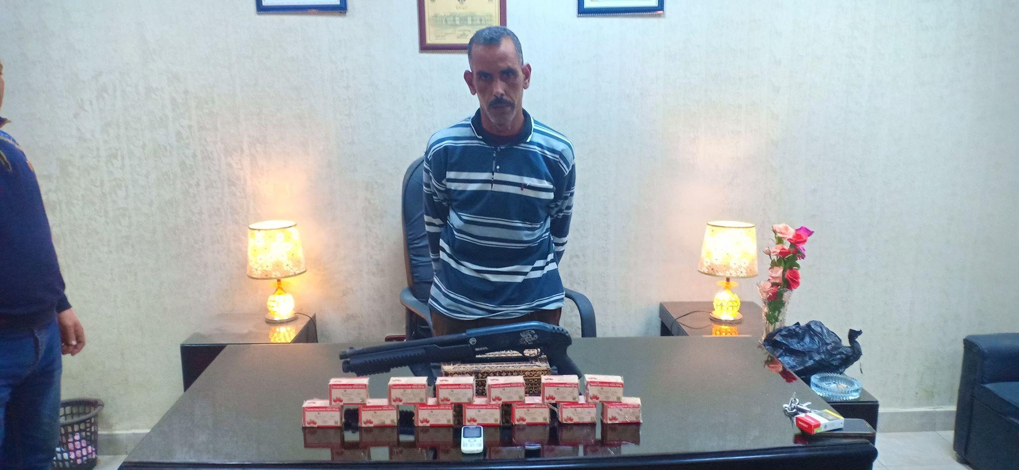 محجوب يفشل في الهروب ويسقط بمخدراته في قبضة النقيب محمد خطاب بمركز كفر الزيات