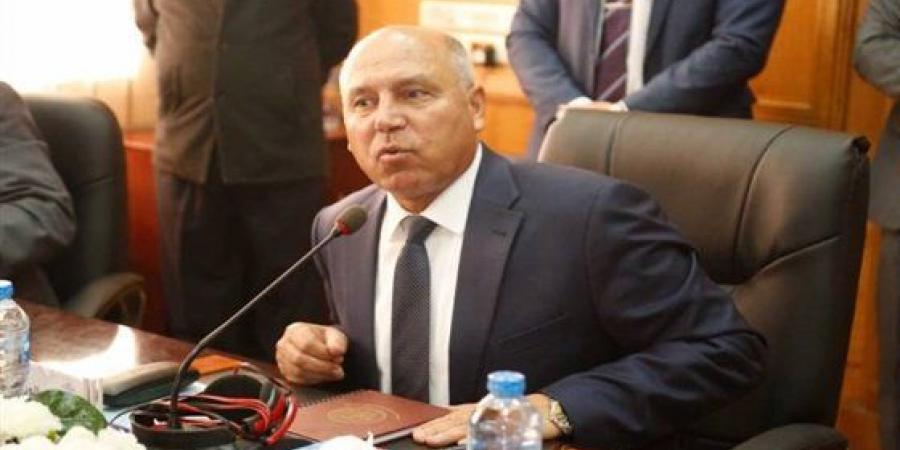 بالفيديو  تعرف على ما قاله وزير النقل كامل الوزير حول حادثة شابي القطار