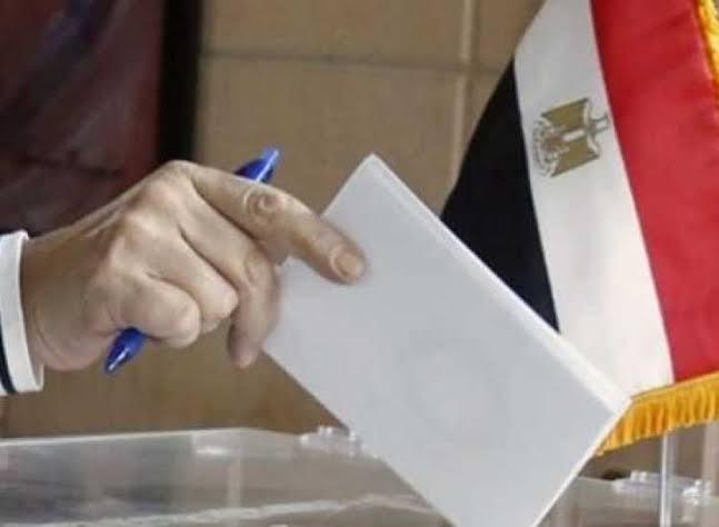 «الحكومة» تحسم ماتردد حول الأجازه الرسمية خلال أيام الإستفتاء 3