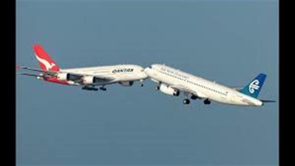 اصطدام طائرتين ركاب بالجو في ألاسكا وقتلى ومفقودين والصورة الأولى من موقع الحادث