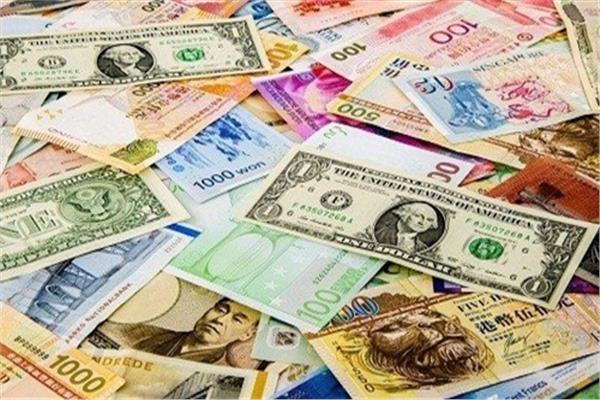 كيف تؤثر الأخبار الاقتصادية على أسعار العملات