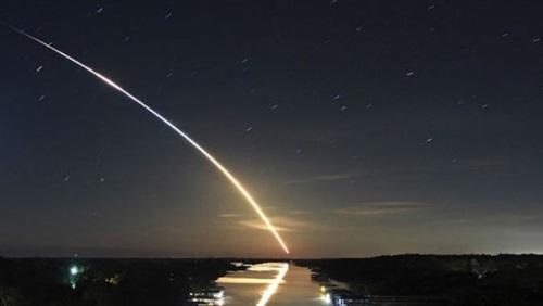 سيل من شهب الحمليات بسرعة 39 كيلو متر تضرب الأرض خلال ساعات وظاهرة فلكية نادرة تحدث الليلة وتُرى بالعين المجردة