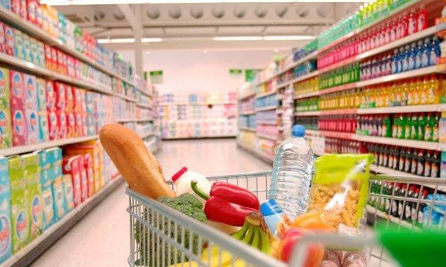 """أبرزهم""""السكر والزيت والقمح"""" انخفاض كبير في سعر السلع بسبب الدولار"""