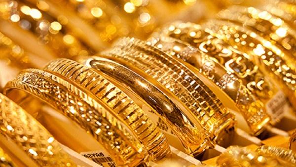 """أسعار الذهب تصل إلى مستوى قياسي جديد خلال تعاملات اليوم.. وشعبة الذهب """"الأسعار هتزيد ولا تبيعوا الآن إلا للضرورة"""""""
