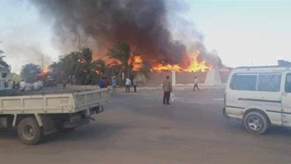 بالصور| نشوب حريق في مصنع بمنطقة برج العرب منذ قليل والدفع بـ20 سيارة إطفاء للسيطرة على الحريق.. إليكم التفاصيل وحجم الخسائر المادية والبشرية 1