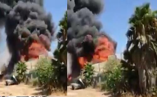 """""""بالفيديو"""" اللحظات الأولى لحريق هائل منذ قليل بمستودع نفط بأهم المراكز الاقتصادية بإسرائيل وطائرات إطفاء تحاول السيطرة على النيران"""