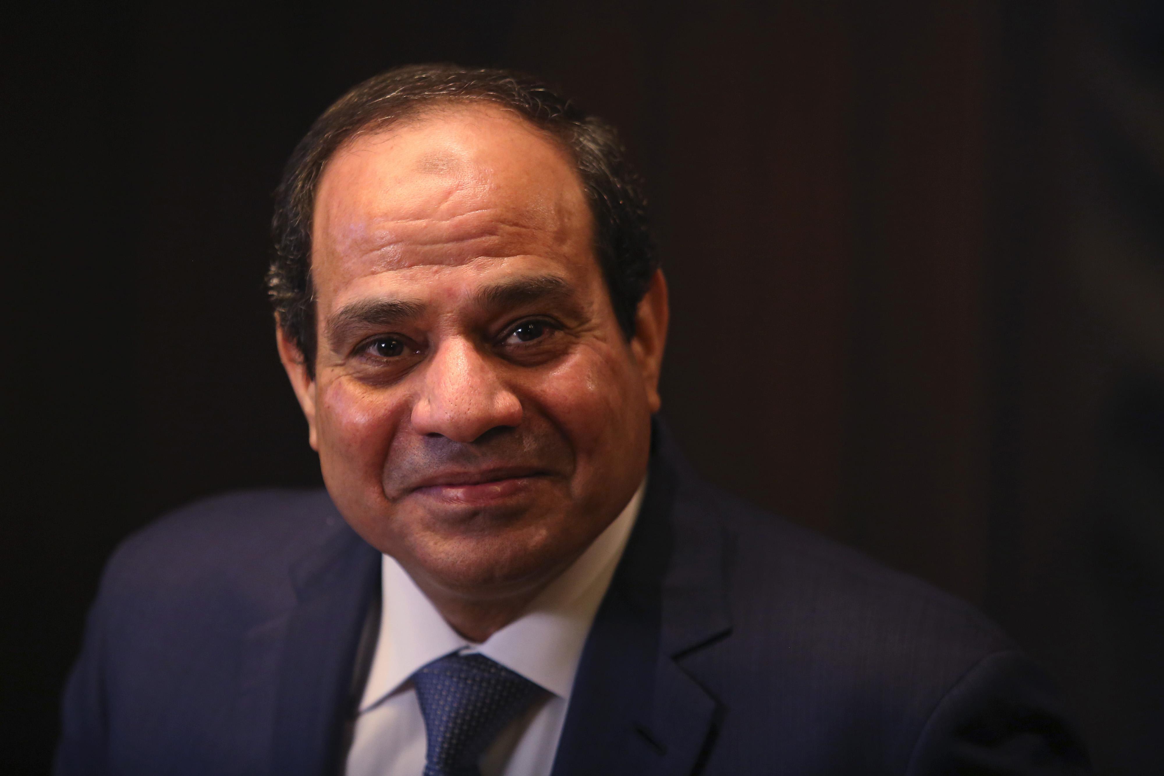 """""""متخافوش"""".. الرئيس السيسي يوجه رسالة هامة إلى الشعب المصري منذ قليل"""