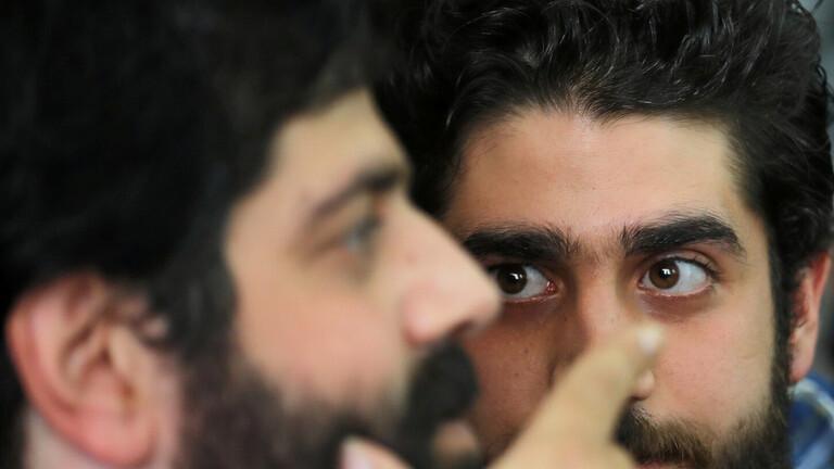 «صاحبه أوقف السيارة».. محامي الأسرة يكشف تفاصيل جديدة بشأن وفاة «عبد الله» نجل الرئيس السابق محمد مرسي