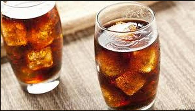 دراسة حديثة تكشف نسبة استهلاك المشروبات الغازية التي تزيد من خطر الوفاة المبكرة