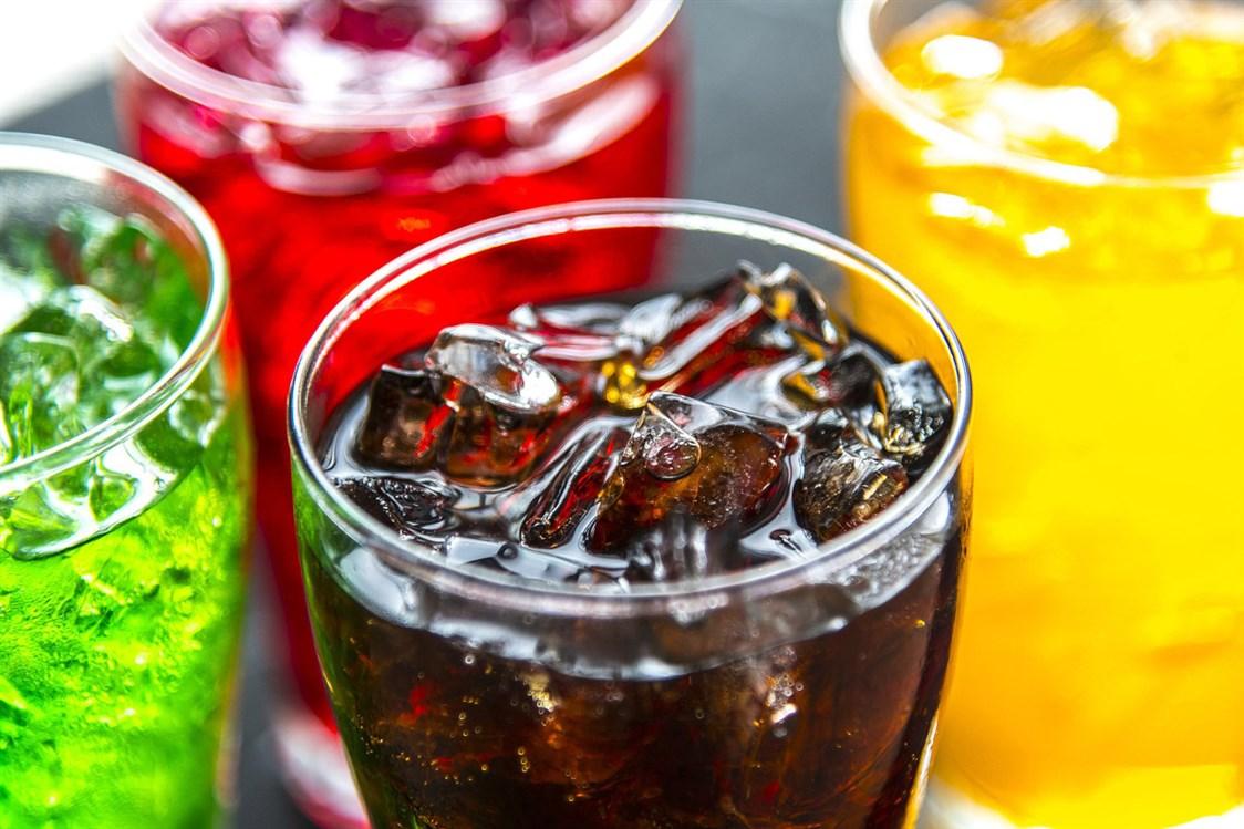 دراسة حديثة تكشف نسبة استهلاك المشروبات الغازية التي تزيد من خطر الوفاة المبكرة 1