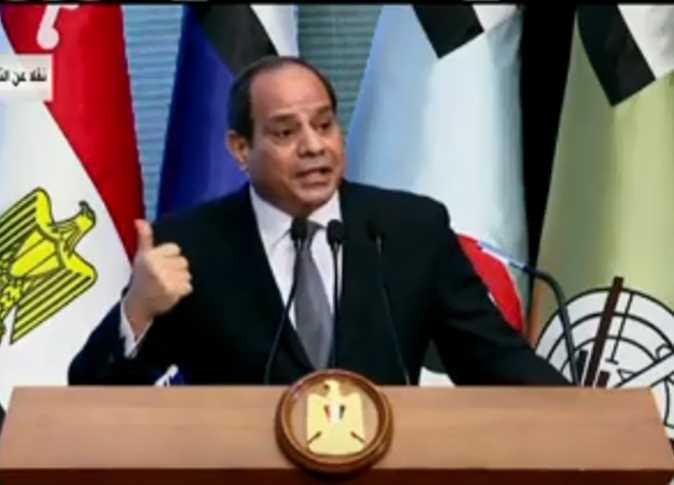 «لديكم فرصة».. الرئيس يوجه رسالة هامة لهؤلاء المسئولين