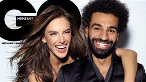 شاهد| بعد نشره صورته مع عارضة أزياء برازيلية.. محمد صلاح يُعلق على كوميكس أم مكة 1