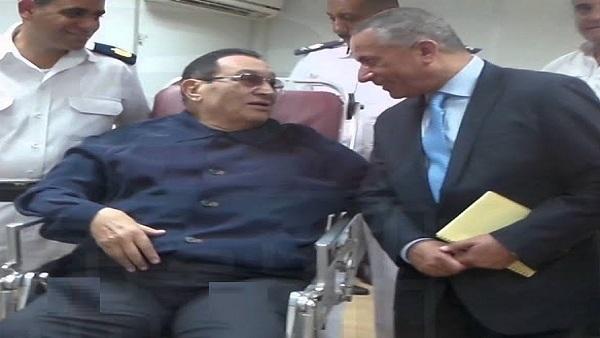 بالفيديو| مبارك يكشف أسرار لأحمد موسى بخصوص 6 أكتوبر من منزله