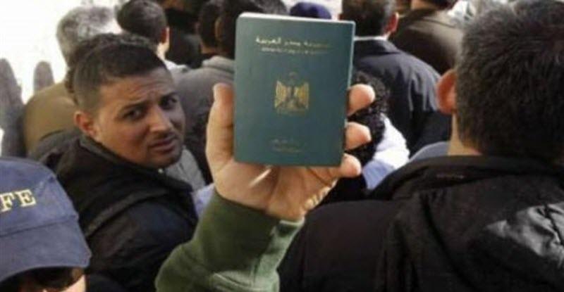 ترحيل 2200 مصري من الكويت .. تعرف على السبب