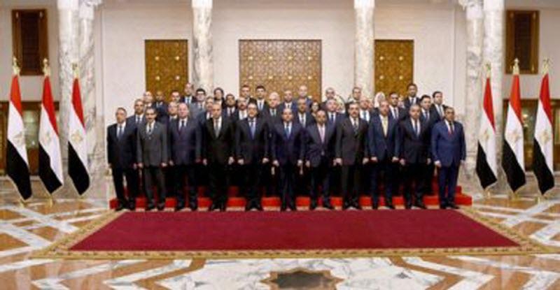 بالأسماء 16 محافظًا جديدًا و 25 نائبًا منهم 9 من شباب البرنامج الرئاسي