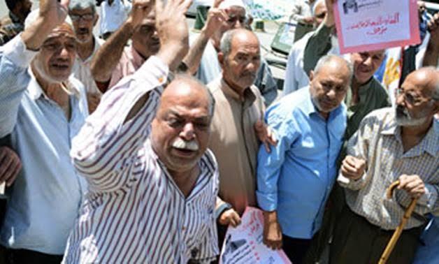 «وداعاً لتدني المعاشات».. زيادة 15% ورفع سن المعاش بقانون التأمينات الجديد هدية الحكومة للمصريين 1