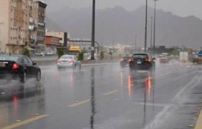 «رياح وأمطار غزيرة».. التنبؤات الجوية تُعلن تفاصيل طقس الموجة الغير مستقرة خلال الساعات القادمة 1