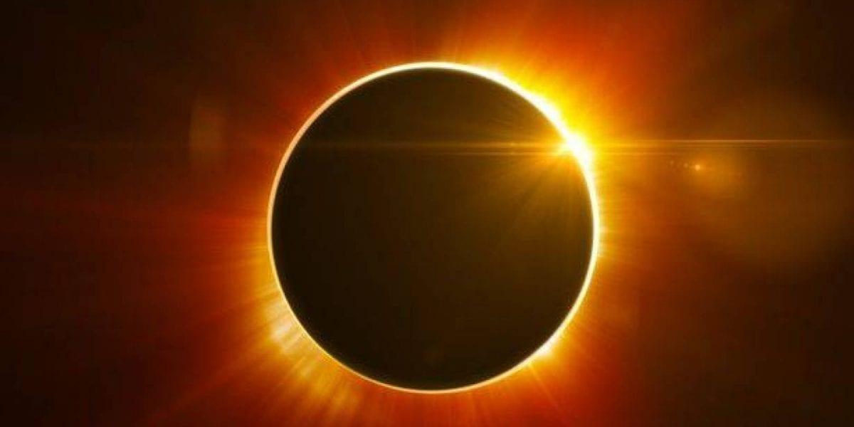 الإمارات والسعودية علي موعد مع الكسوف الكلي للشمس اليوم