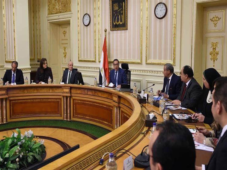 """شجع المنتج المحلي واشتري المصري """"مبادرة الرئيس لخفض أسعار السلع"""" وبيان حكومي بعرض المسودة الأخيرة للمبادرة 2"""