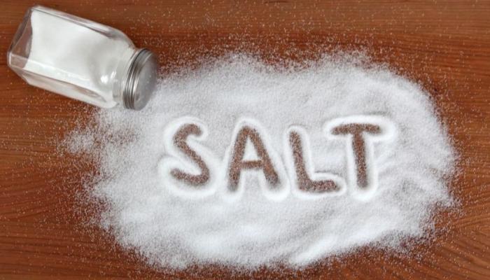 """دراسة تكشف علاقة """"الملح"""" بالسرطان"""