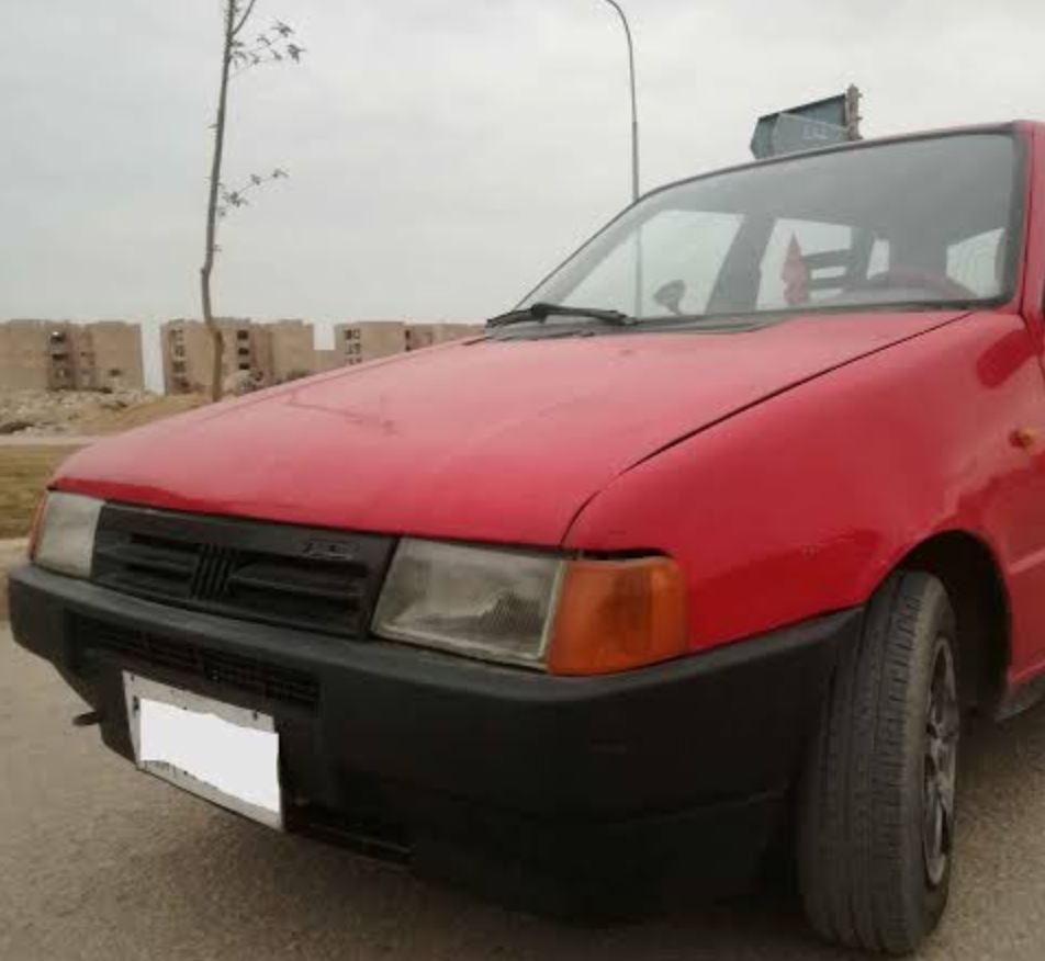 سيارة فيات أونو 1998