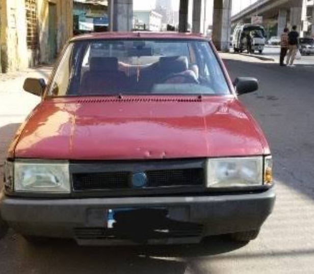 سيارة فيات شاهين 1995