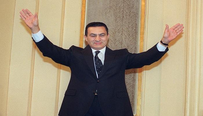 بأمر السيسي.. جنازة عسكرية لـ «مبارك» غداً والديب يكشف التفاصيل وأول تعليق من علاء.. فيديو 1
