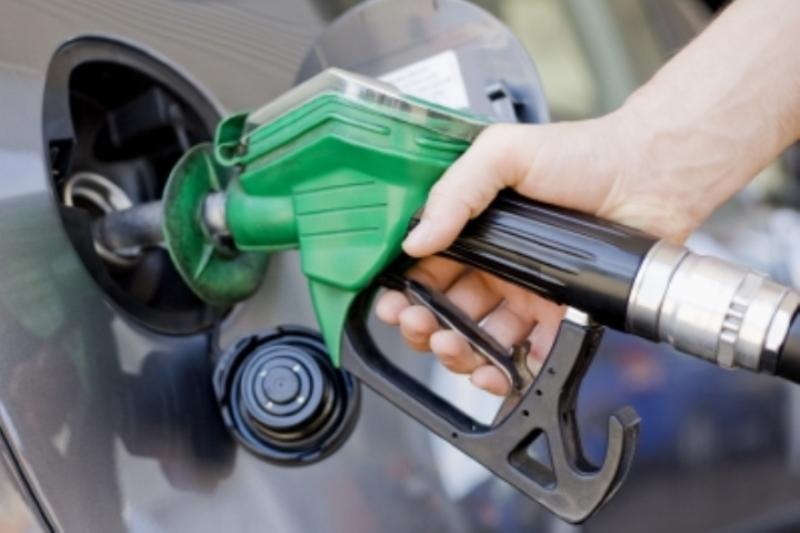 """""""خلال ساعات"""" رفع أسعار البنزين في السودان 22 جنيه ليصبح سعر اللتر 28 بدلاً من 6 جنيه 2"""