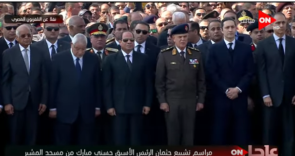 بالفيديو| تغطية كاملة.. جنازة مبارك بحضور السيسي وكبار رجال الدولة