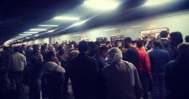 بالصور | زحام كبير في المترو اليوم قبل تنفيذ حظر التجوال