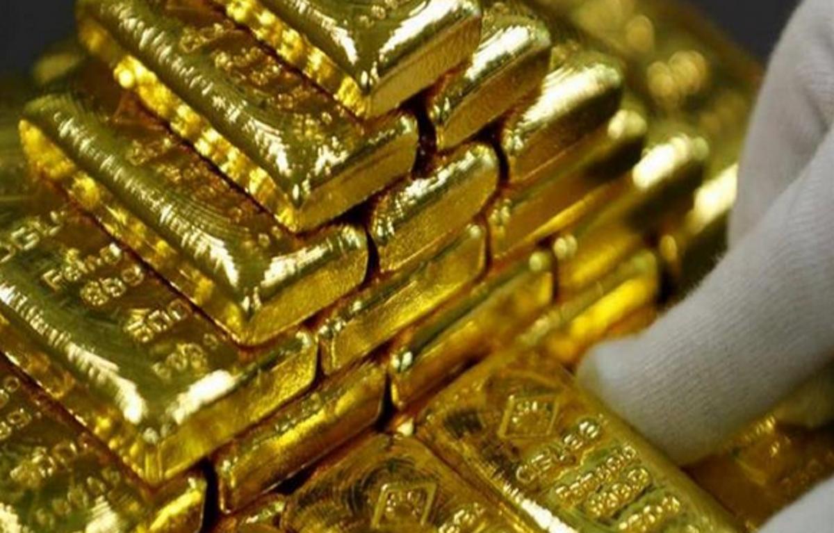 أسعار الذهب تتراجع لليوم الرابع على التوالي خلال تعاملات الخمس.. وجرام 21 يخسر من جديد