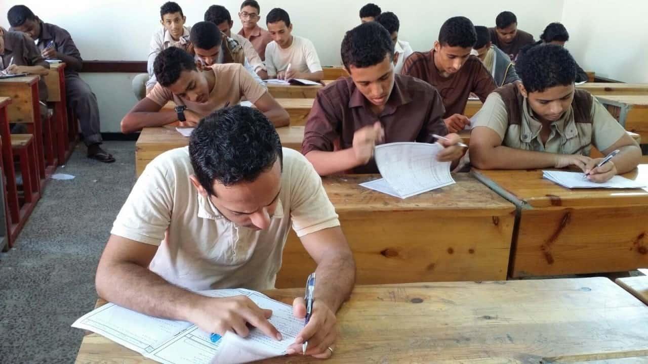 بالفيديو| ماذا سيحدث بعد تعليق الدراسة؟.. وزير التعليم يُجيب 1