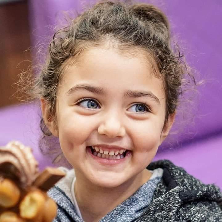 صور أطفال بنات جميلة للبروفايل غاية في الرقة والجمال 22