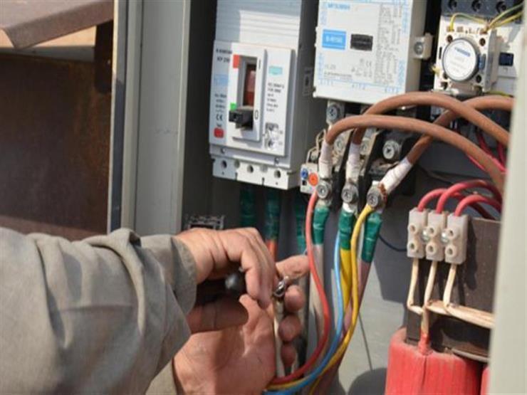 الحكومة تعلن رسمياً إلغاء نظام الممارسة فى الكهرباء واستبدالها بعداد كودي مسبق الدفع وبالتقسيط على 24 شهر