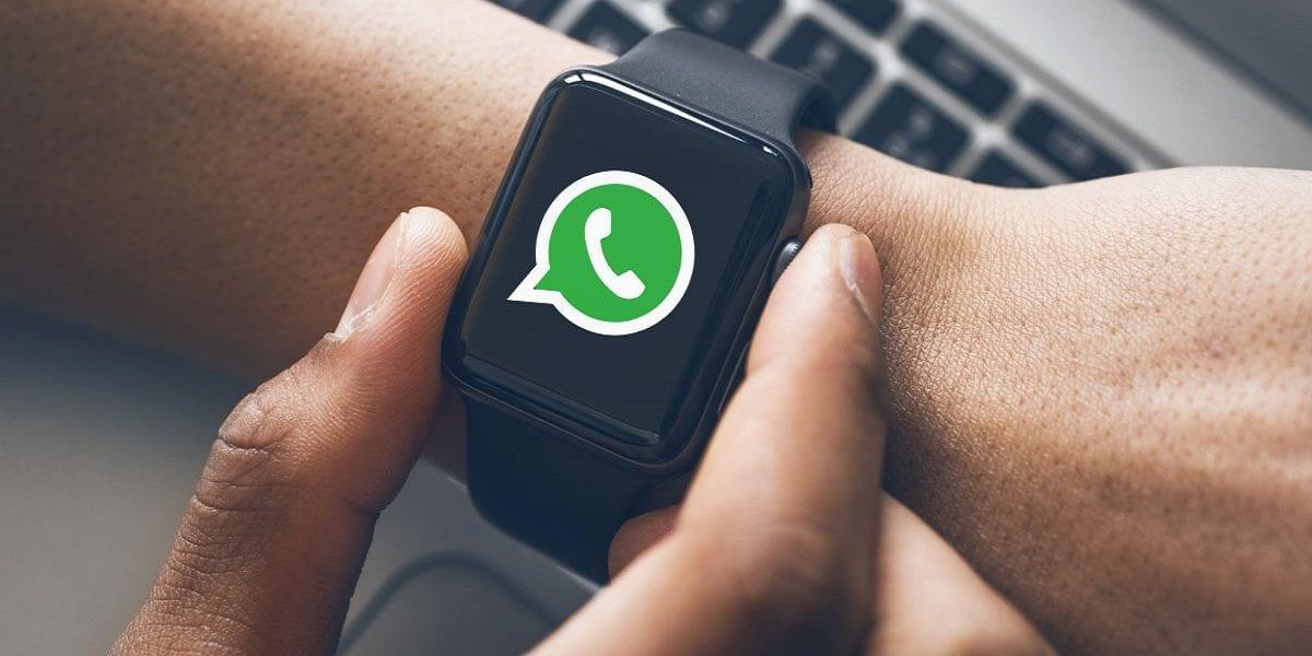 كيف تُرسل عبر واتسآب رسالة تُحير بها جهات اتصالك ويسألونك كيف فعلت ذلك