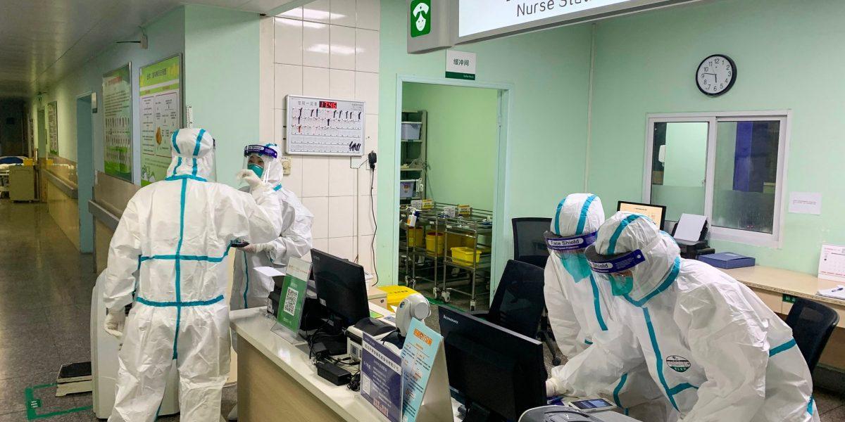 دون الحاجة إلى لقاح كورونا.. علماء صينيون يطورون أسلوب علاجي جديد للفيروس