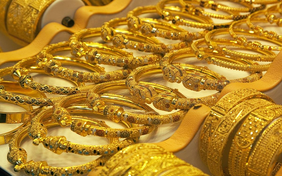 أسعار الذهب تكسب في الصباح وتتراجع مع نهاية تعاملات اليوم في السوق المصرية.. وجرام 21 يخسر ويسجل رقم جديد