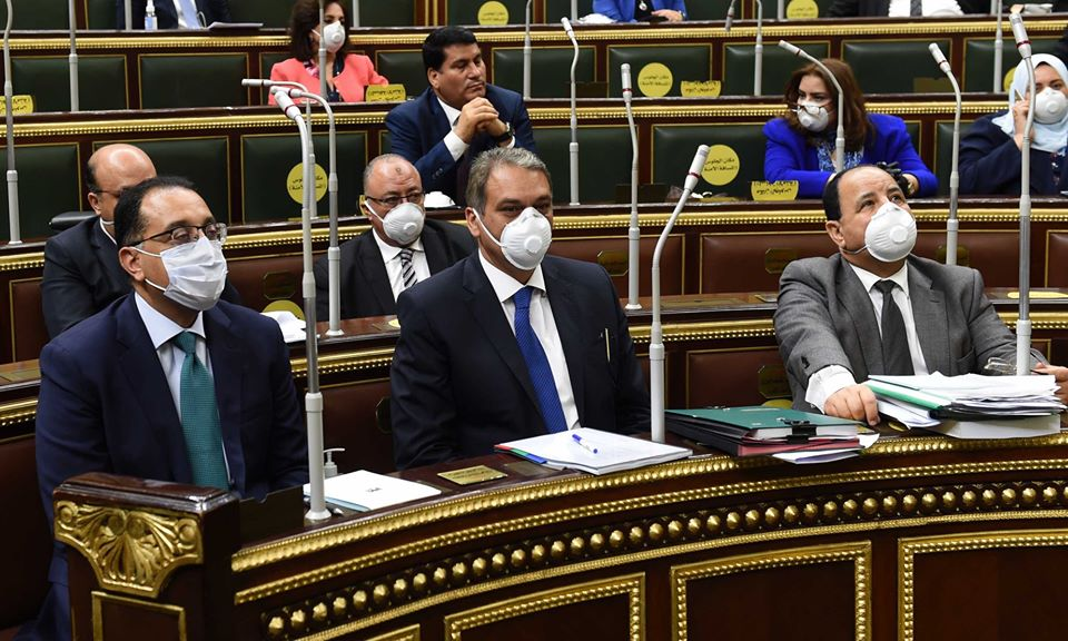 بالكمامة.. مدبولي يلقي بيان هام أمام البرلمان بخصوص إعلان حالة الطوارئ.. تعرف على التفاصيل 4