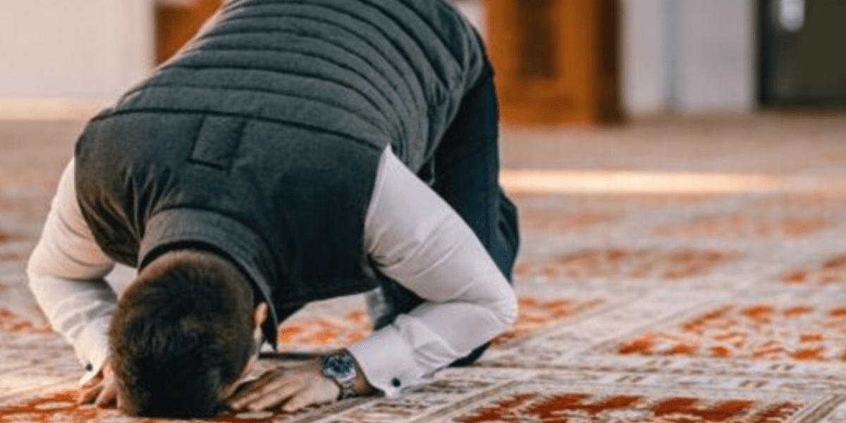 كيفية صلاة العيد في البيت وتوقيتها بعد منعها في المساجد كإجراء وقائي وموعد عيد الفطر 2020