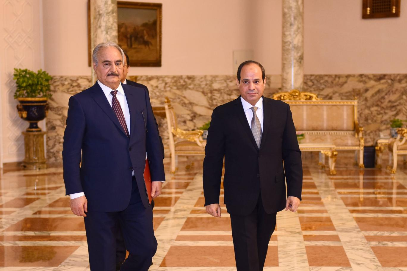 الجيش الليبي يعتذر لمصر قيادةً وشعباً على ما حدث وبكري جريمة لن تمر ومصر لن تسكت