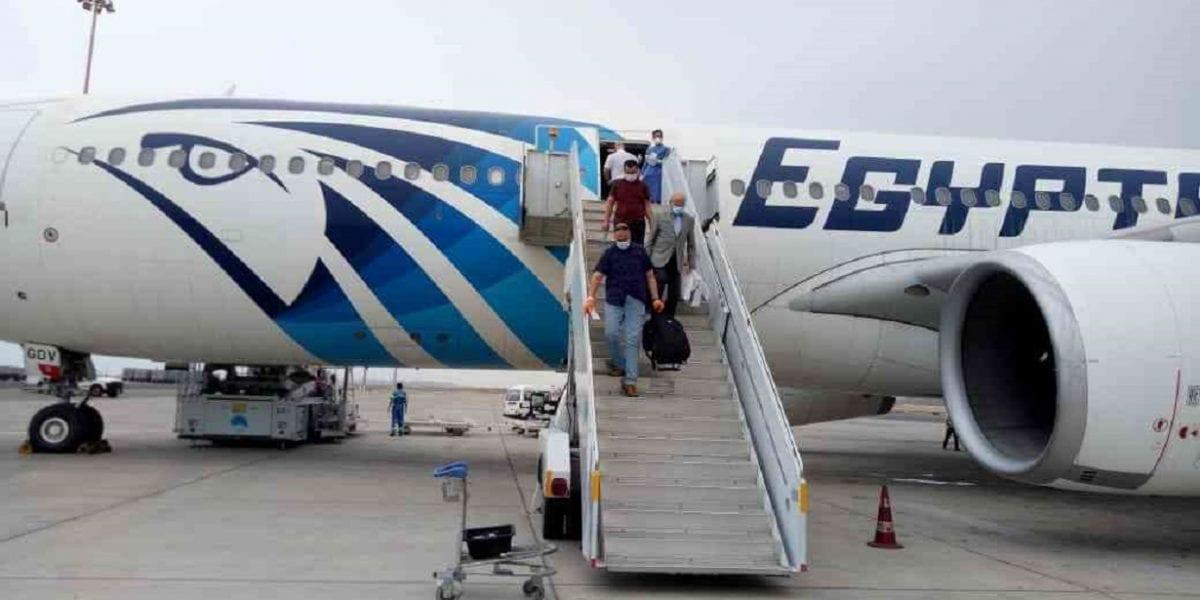 إجراء جديد من مطار القاهرة بشأن الحجر الصحي للعائدين من الخارج
