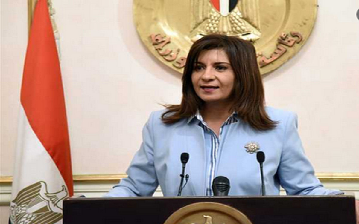 أول تعليق من وزيرة الهجرة على فيديو  المعتدين على المصريين بليبيا