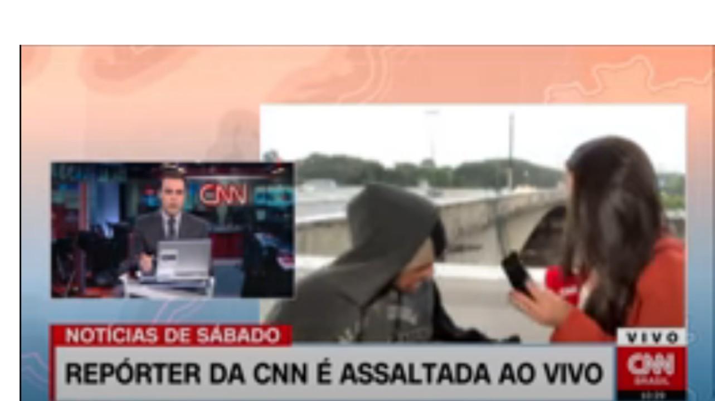 فيديو| خلال بث مباشر مراسلة صحفية لقناة تلفزيوينة تتعرض لسطو مسلح