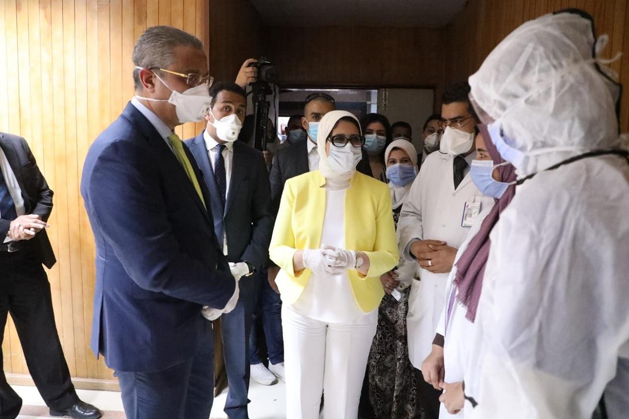 فيروس كورونا وصل للذروة.. الحداد يكشف أسباب انخفاض المصابين والوفيات ويوجه تحذير قوي للمصريين