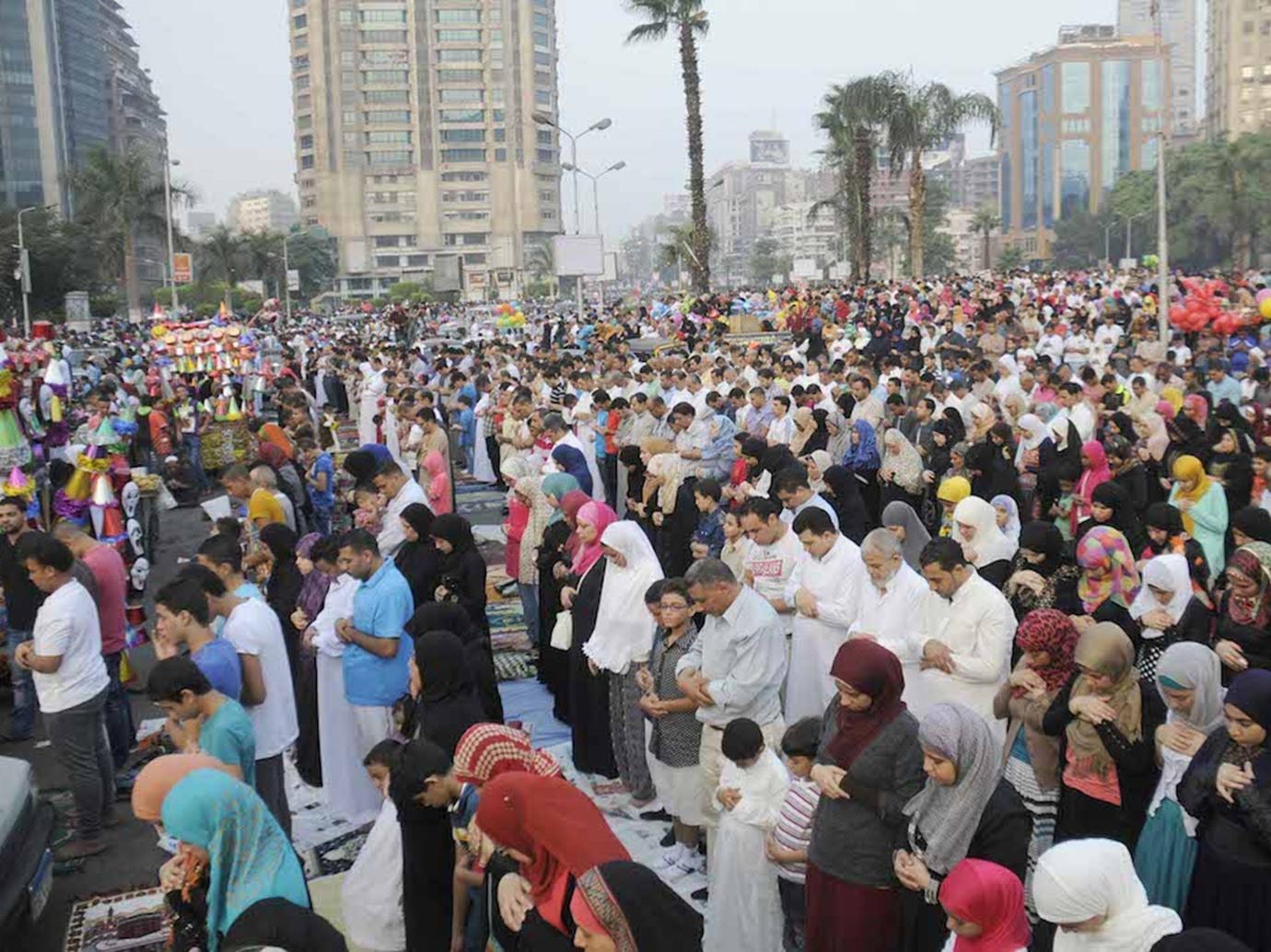 الحكومة المصرية تعلن قواعد وضوابط صلاة عيد الأضحى 2020 وتوضيح حول عودة صلاة الجمعة